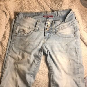 Light Wash Butt Lifting Skinny Jeans Size 3